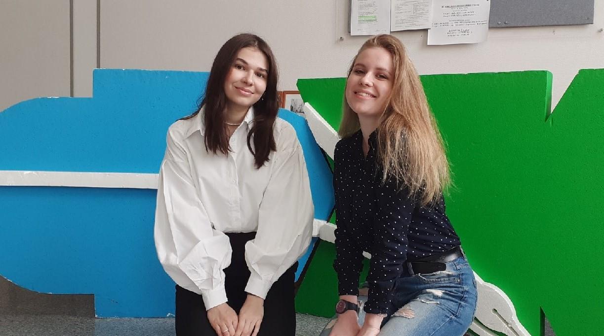 Татьяна Сибирцева и Полина Щербакова.jpg