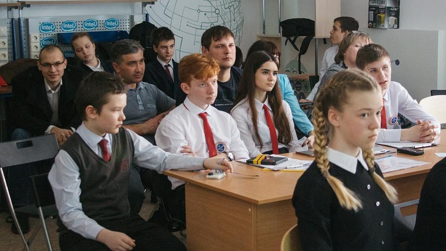 В НГУ прошли финальные бои IV Турнира юных инженеров-исследователей